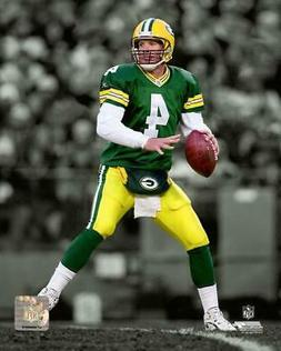 "BRETT FAVRE Spotlight ""Green Bay Packers"" LICENSED poster pr"