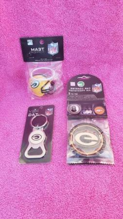 Green Bay Packers antenna topper and two car coasters/air fr