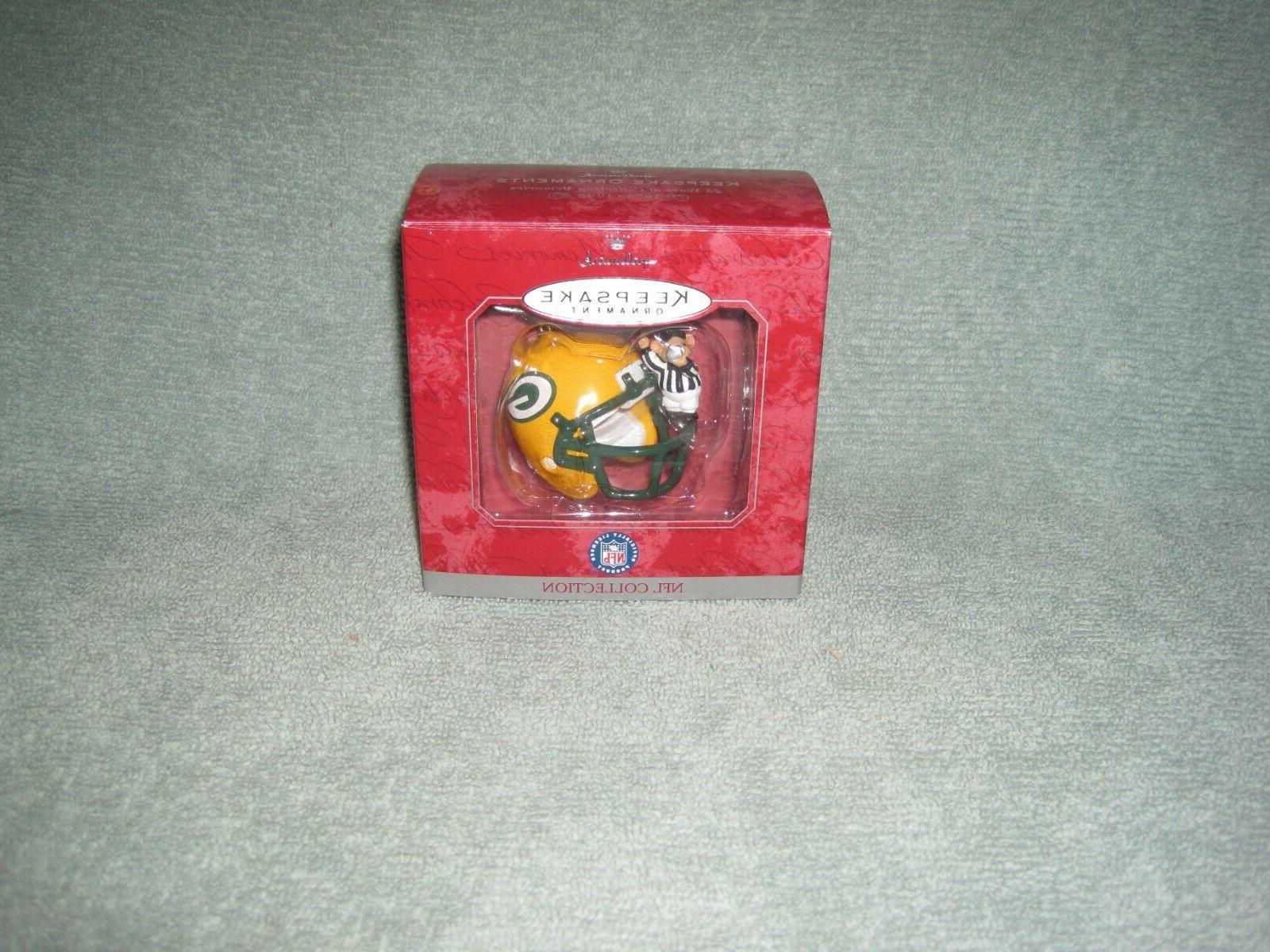 Hallmark Keepsake Bay Packers Ornament w/ Referee