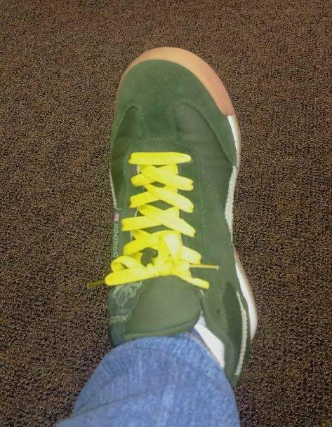 """NEW 2 SHOE 36-38"""" Gold Bay Packers Aaron"""
