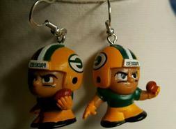 NORA WINN UNIQUE Green Bay Packers EARRINGS NFL LITTLE MEN T